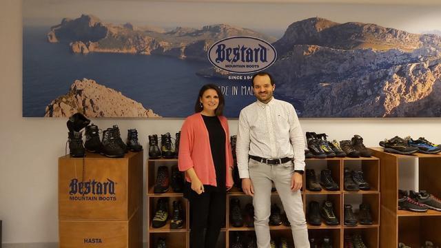 Esperança Bestard con su primo Toni Bestard, tercera generación de la empresa